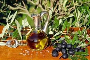 olio extravergine d-oliva dieta mediterranea